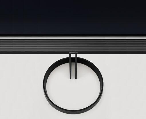 BeoVision Horizon - Close Up af Gulvstand