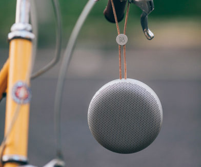 BeoPlay A1 in natural on yellow bike - blog